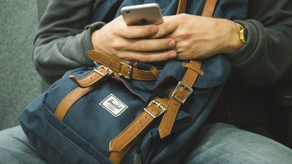 reisen-ohne-kosten-telefonieren-surfen