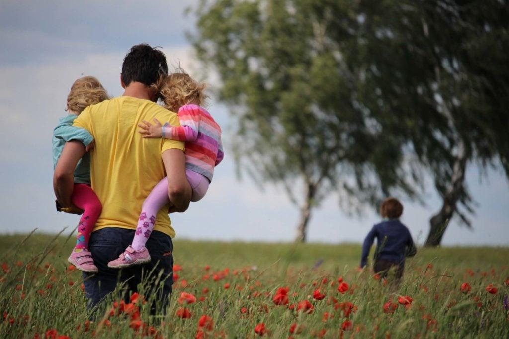 Wohnmobil Checkliste Vater mit Kindern