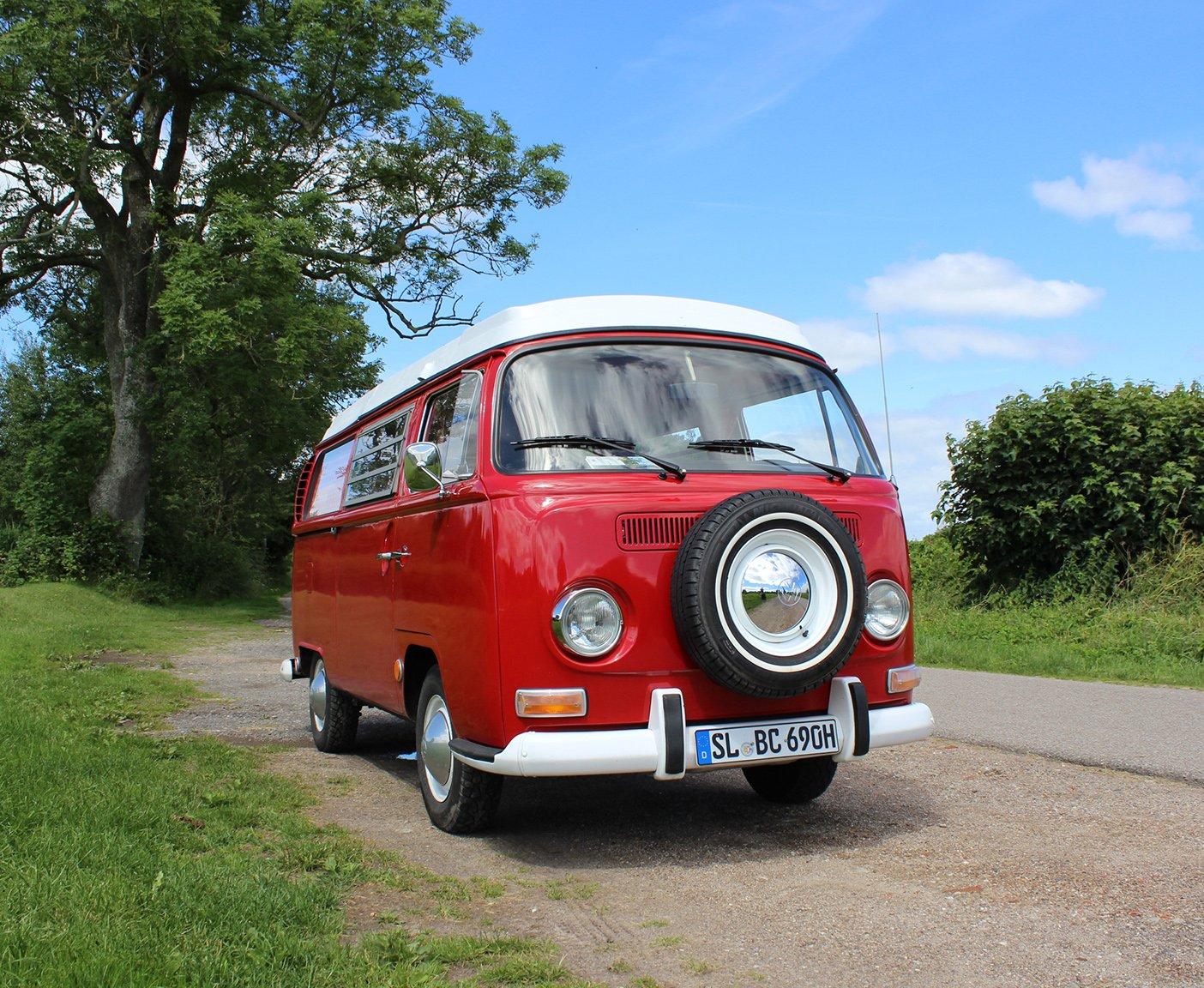 VW Bus mieten Roter VW Bus Oldtimer