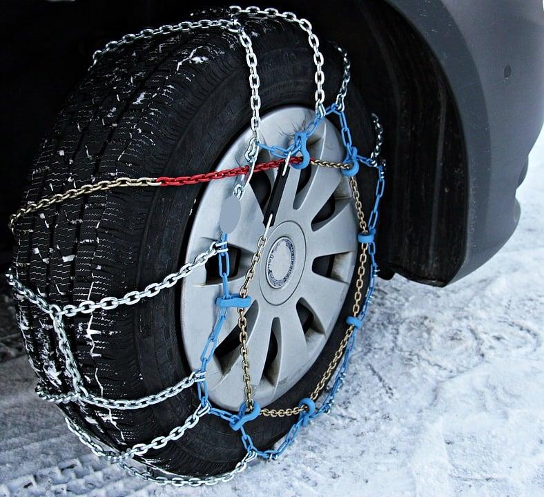 Anfahrhilfe Schnee - Schneeketten