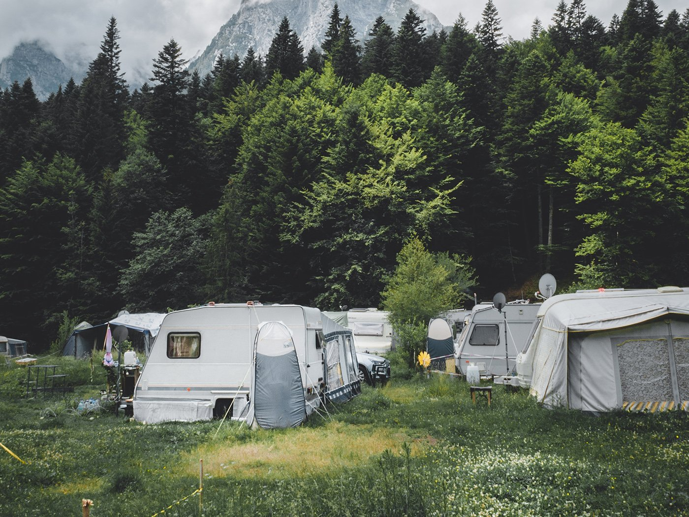 Wohnen auf dem Campingplatz Wohnwagen
