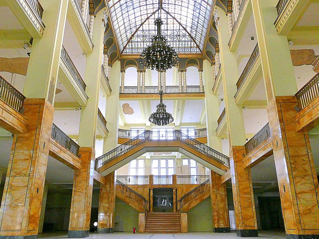Drehorte in Europa Grand Budapest Hotel Kaufhaus