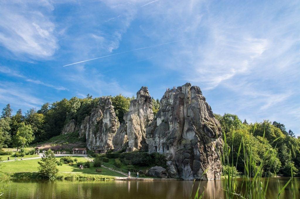 Externsteine außergewöhnliche Orte Deutschland