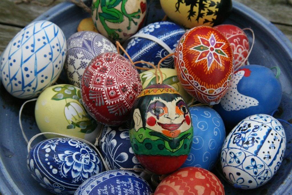 Ostern Urlaub mit Kindern Eier Nest