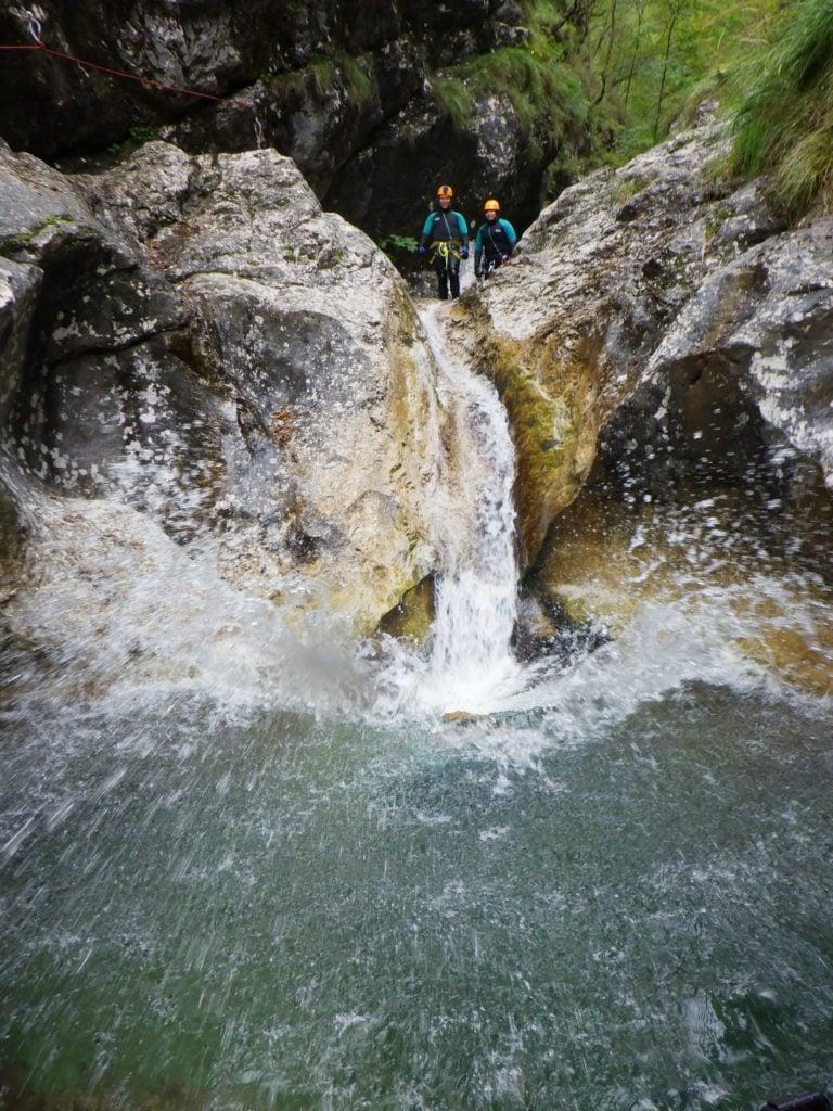 Canyoning Wasserrutsche von unten