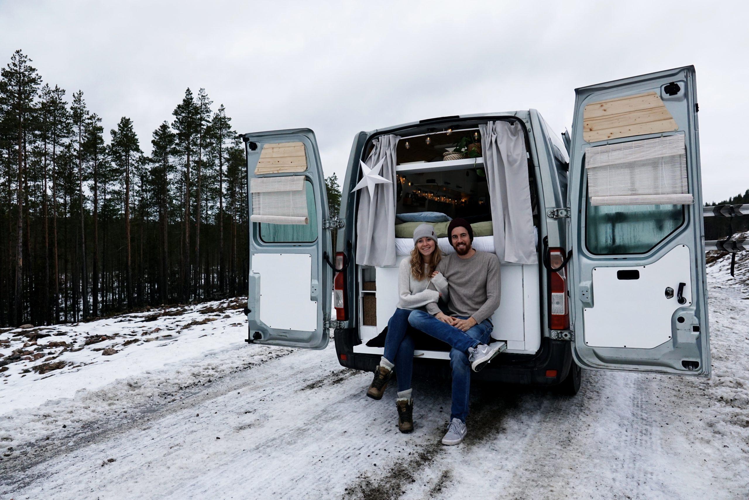 vanlife koppel zweden winter